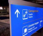 Aéroport de Jeddah : signalétique lumineuse à éclairage tangentiel vue 2